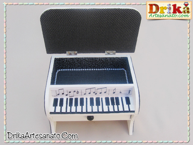 Caixa decorada piano 2