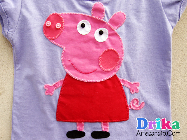 camiseta-com-peppa-pig-em-patch-aplique-2
