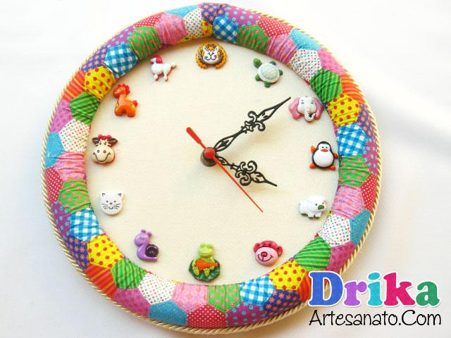 Como Fazer um Relógio de Parede com Tecido